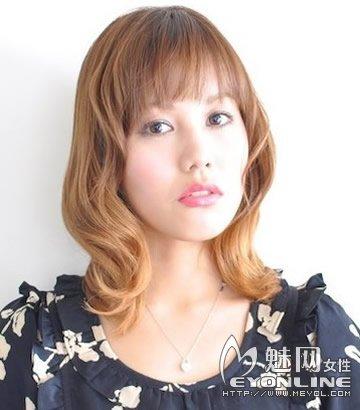 OL气质梨花头 减龄效果超赞的发型